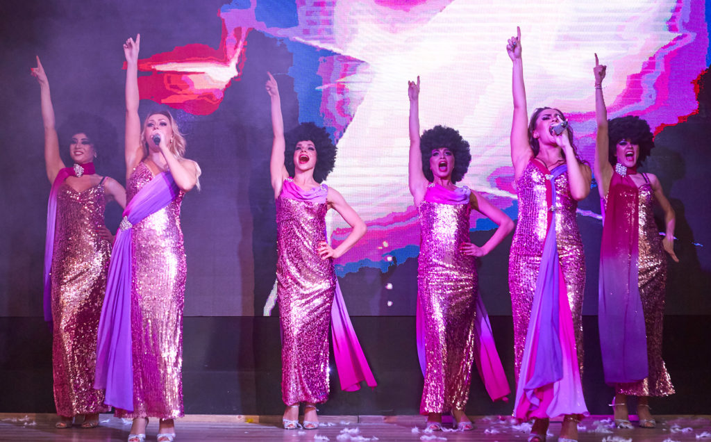 Moscow Showgirls